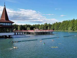 Hévízi-tó, Tófürdő